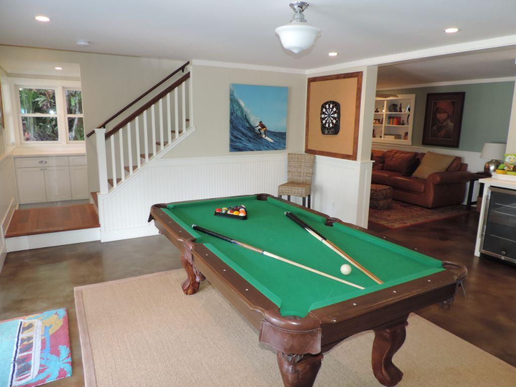 Pool table downstairs black point.JPG