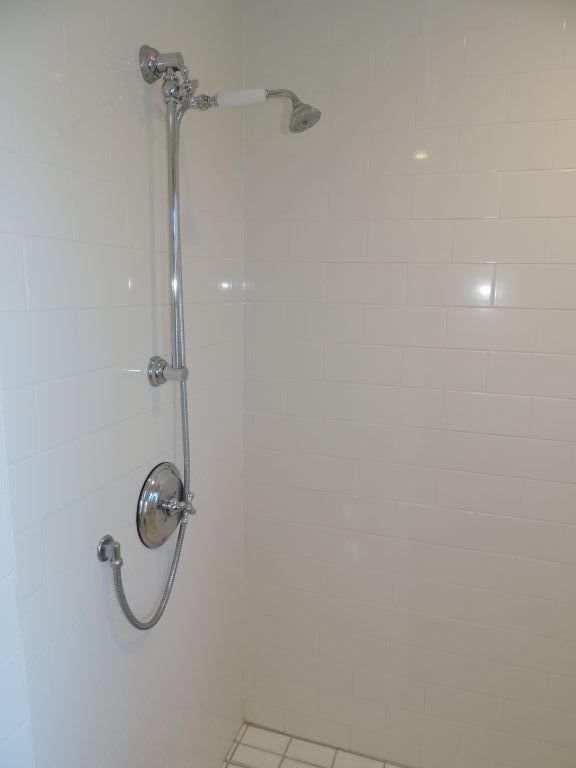 shower master black point.JPG