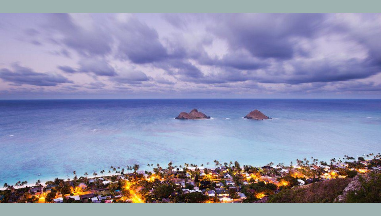 Lanikai at dawn lights.jpg